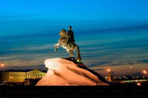 Медный всадник памятник